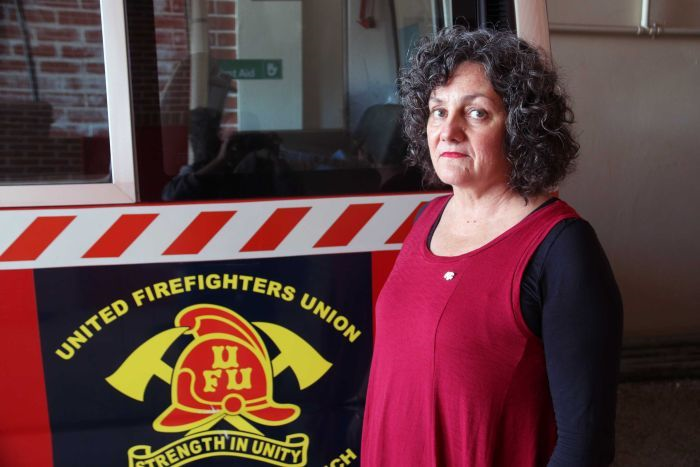 Photo: Firefighters' union branch secretary Lea Anderson says money should be spent on existing rural firefighting structures. (ABC News: Richard Glover)