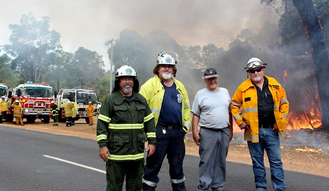 Overseer at Northcliffe's Parks and Wildlife office Steve Luff with Volunteer Fire and Rescue apparatus officer Colin Nickels, Northcliffe Volunteer Bushfire Brigade captain Rod Parkes and the Shire of Manjimup's Chief bushfire control officer Remo Pessotto at a prescribed burn site in Northcliffe last week. Shannon Bochenek / Manjimup-Bridgetown Times