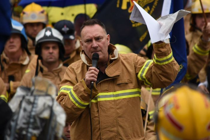 PHOTO: UFU secretary Peter Marshall has clashed with the former emergency services minister. (ABC News: Stephanie Anderson)