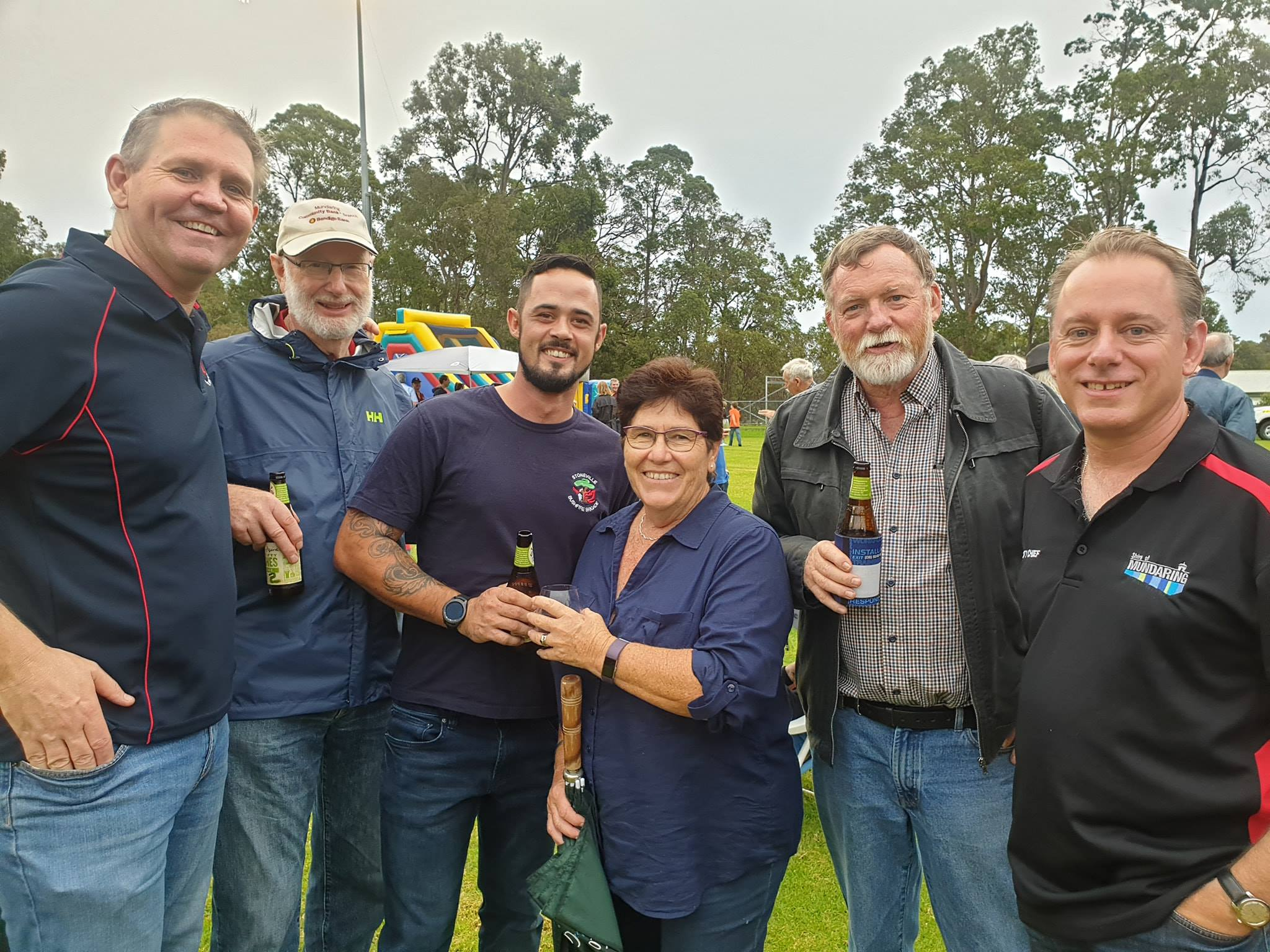 Bush Fire Volunteers at the Shire of Mundaring BBQ to thanks local ES volunteers