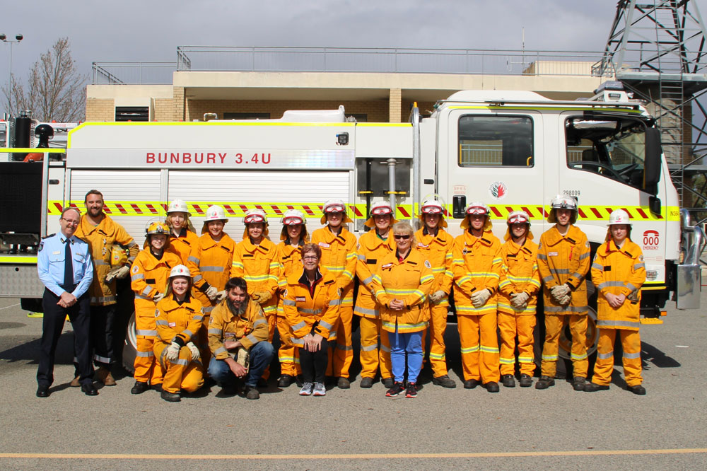 Acting FES Commissioner Mal Cronstedt with Bunbury and Waggrakine Volunteer Bush Fire Cadets at the DFES Forrestfield FRS academy