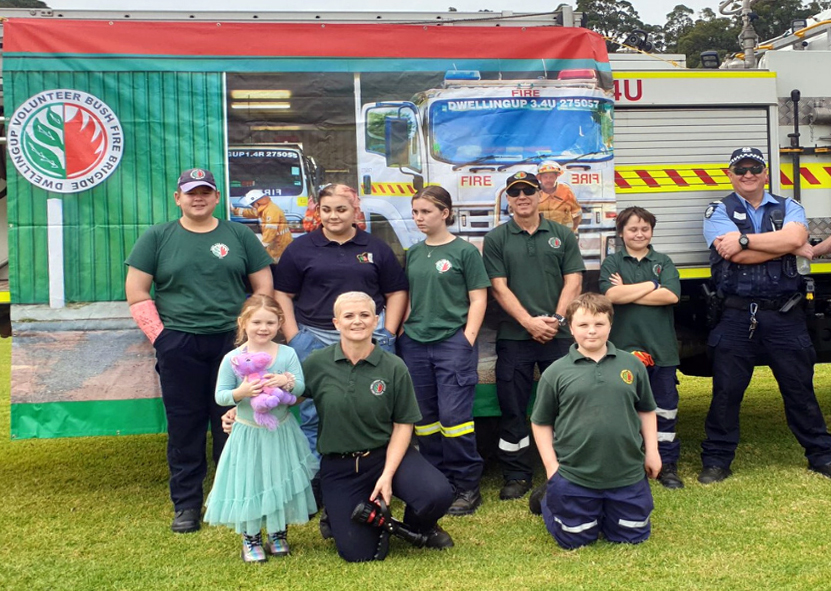 Cadet ninjas Colleen and Brad Warr, Police Officer Dave Harnett and some of the amazing team of cadets at the Dwellingup Volunteer Bushfire Brigade, June 2020