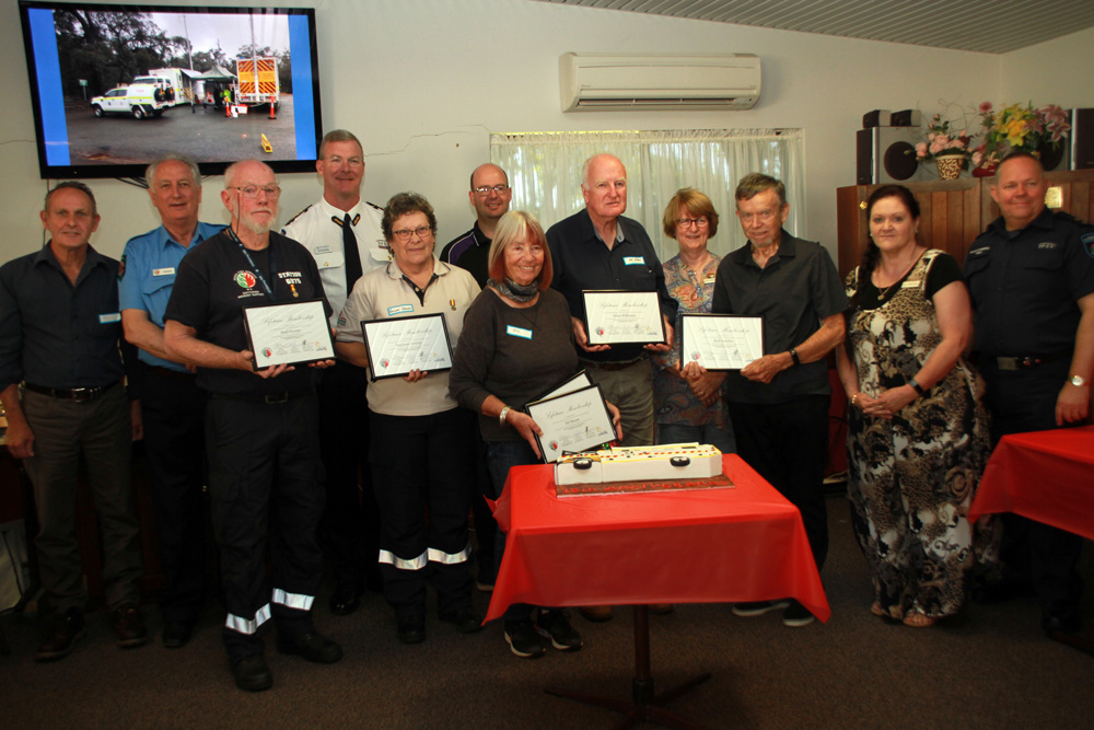Chittering Incident Support Brigade 15 year reunion December 2020 - Cr John Curtis, ISB Captain Peter Hall, ISB Life Member Paul Groves, Assistant Commissioner Metropolitan Operations Jon Broomhall, Life Member Raylene Groves, Shire of Chittering CEO Matthew Gilfellon, Life Member DJ Baum, Life Member John Williams, Cr Carmel Ross, Life Member Bob Smillie, Cr Mary Angus, Shire of Chittering CESM Dave Carrol.