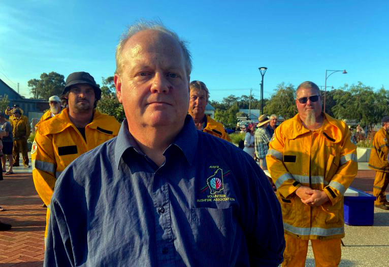 Darren Brown joined other firefighters protesting outside the council meeting.(ABC South West WA: Georgia Loney)