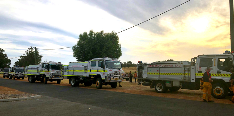 Some of the appliances in the drive around to commemorate the 5th anniversary of the 2016 Waroona-Yarloop bushfires. January 2021