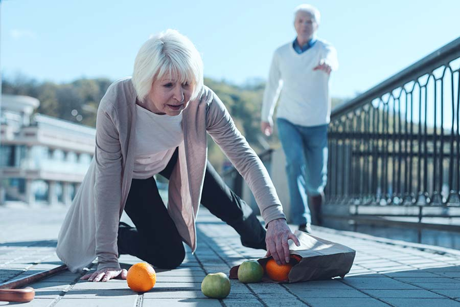 PAIN & POOR BALANCE BE CAUSED BY POOR POSTURE