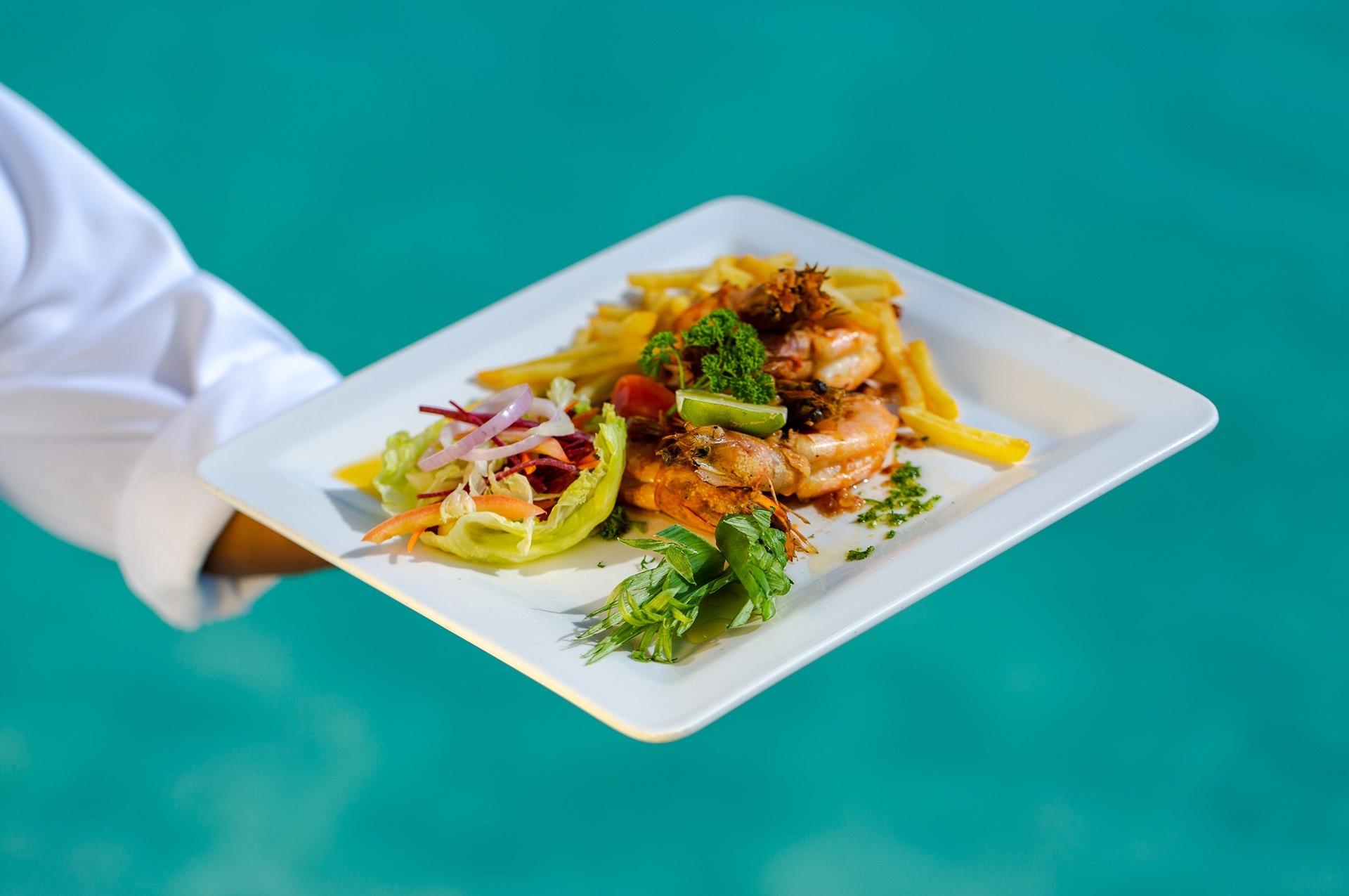 Embudu-Villgae-Food-Prawns