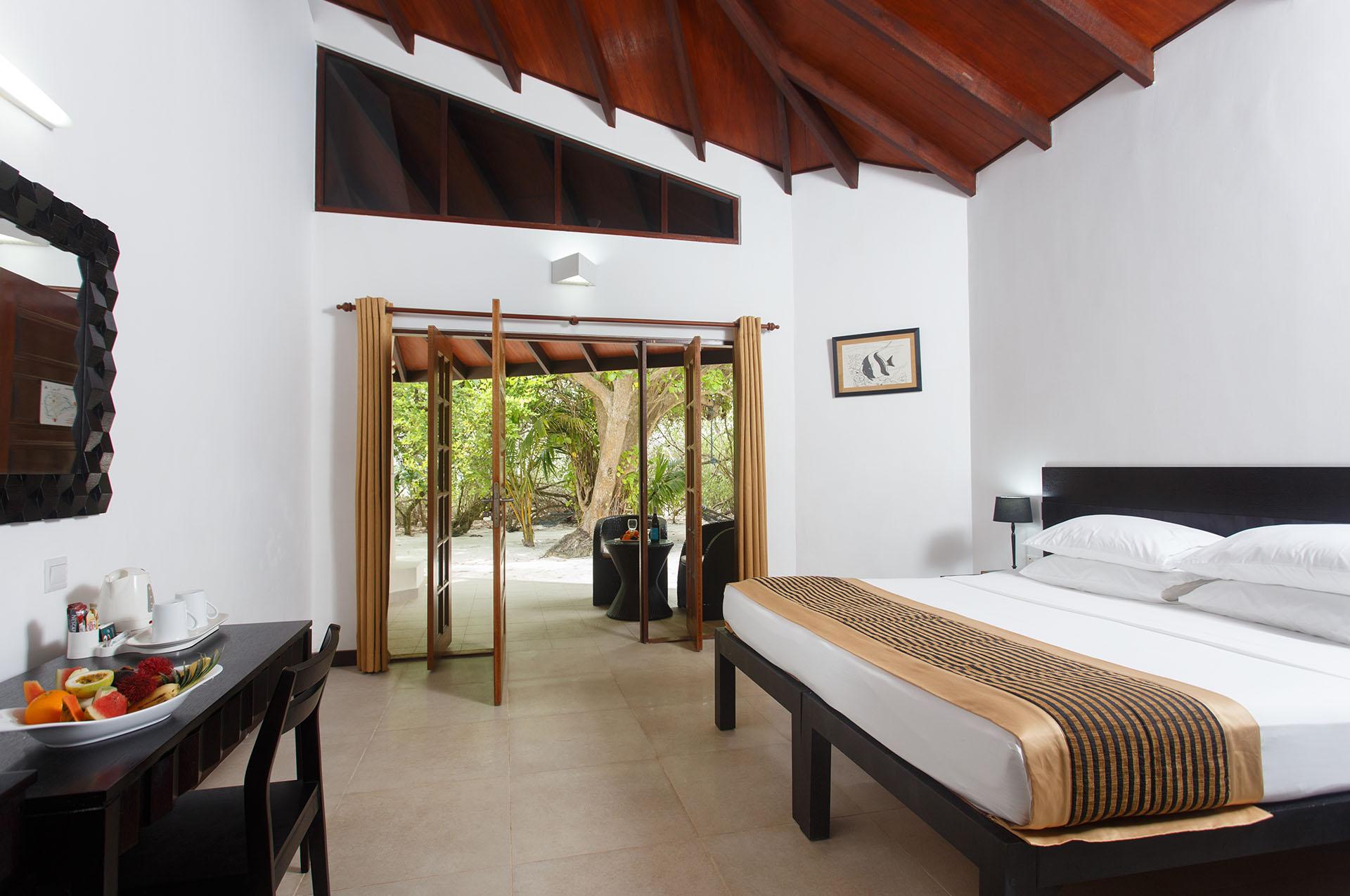 Embudu-Village-Superior-Bungalow-Interior