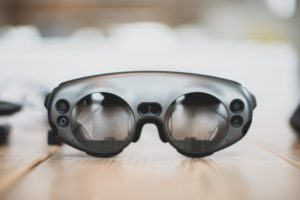 8 applications for mobile and wearable tech in manufacturing
