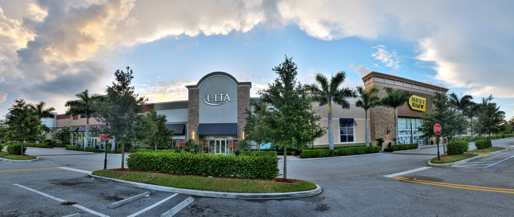 <strong>Shoppes at Isla Verde</strong><br> Wellington, FL