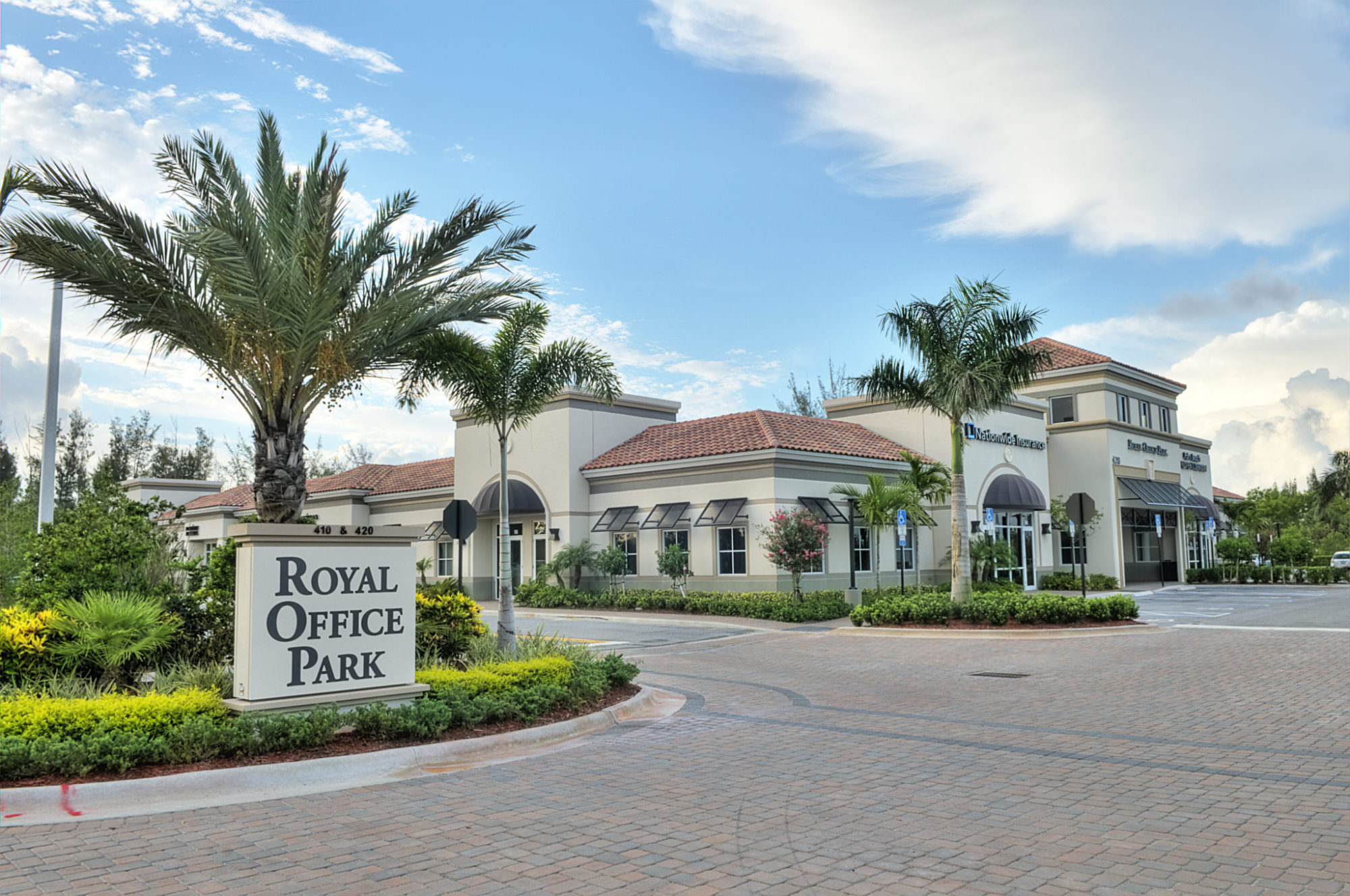 <strong>Royal Office Park</strong><br> Royal Palm Beach, FL