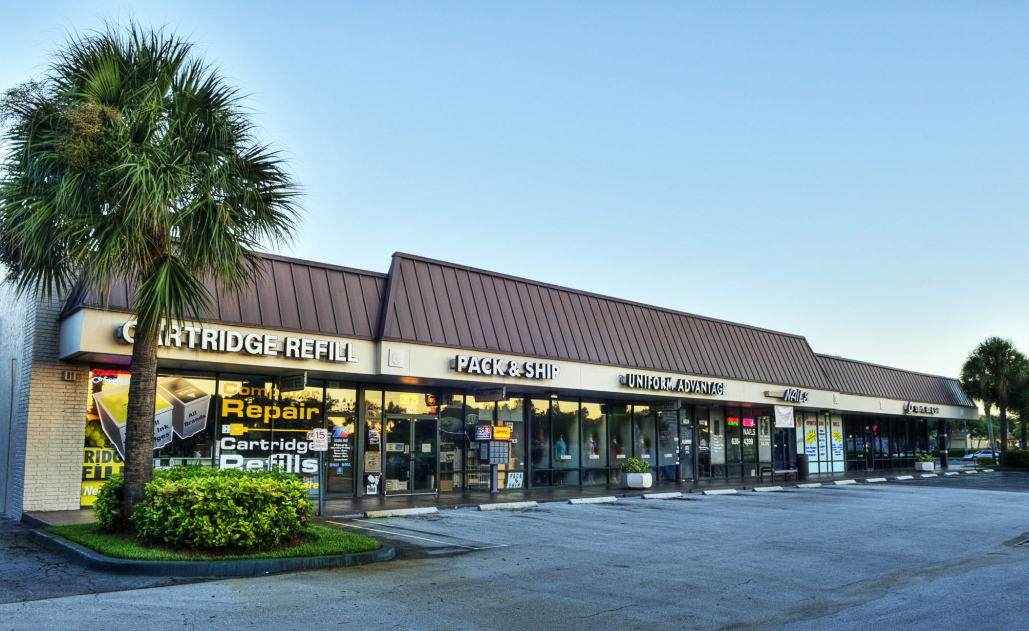 <strong>Delray Commons</strong><br> Delray Beach, FL