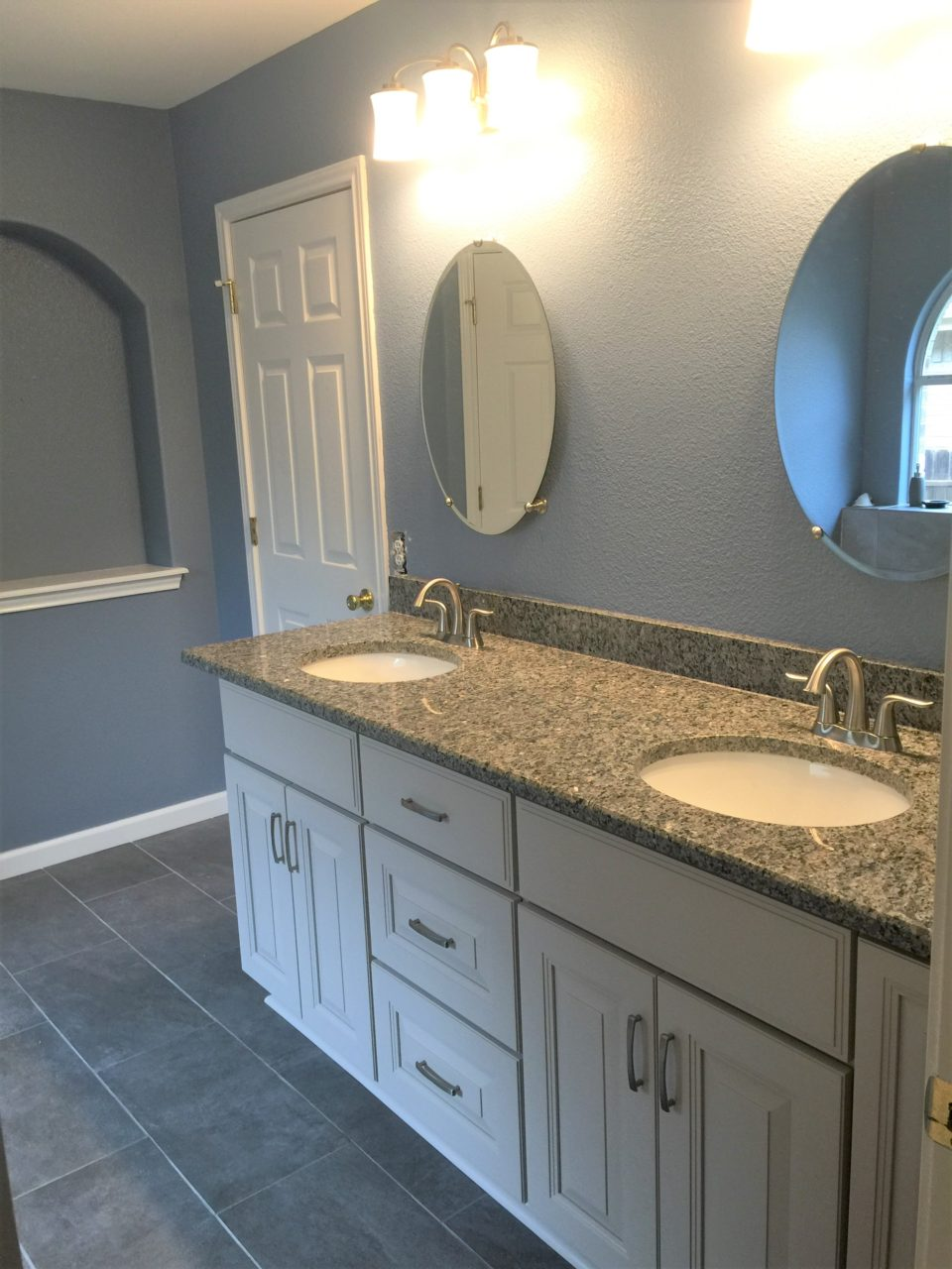 Bathroom remodeling san antonio contractor alamo heights bathroom cabinets stone oak bathroom sinks boerne bathroom renovation alamo ranch bathroom countertops vanity
