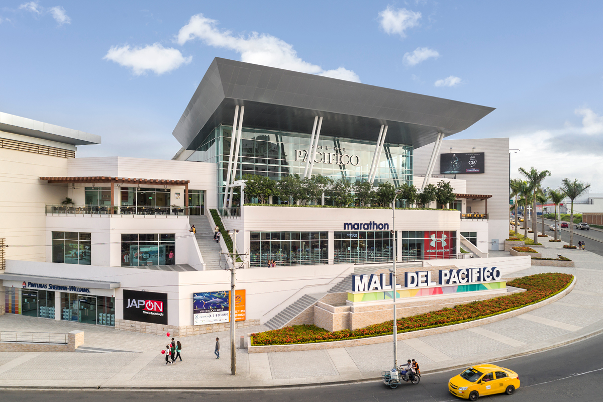 Pacific Hotel Mall Ecuador Design Architects / Architectos