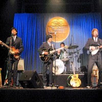 Apple-A Tribute To the Beatles