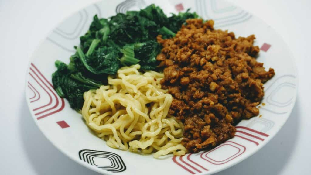 Dan dan noodles 22