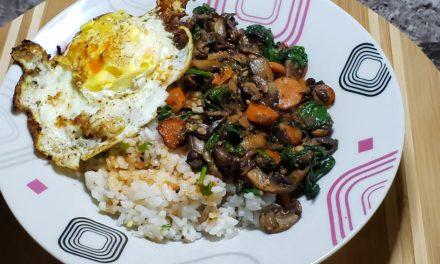 Veggie & Sushi Rice Bibimbap