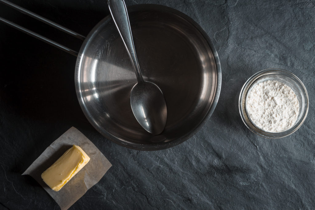 Ingredients for the base thickener Roux