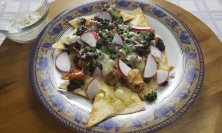 Black Bean Chicken Nachos