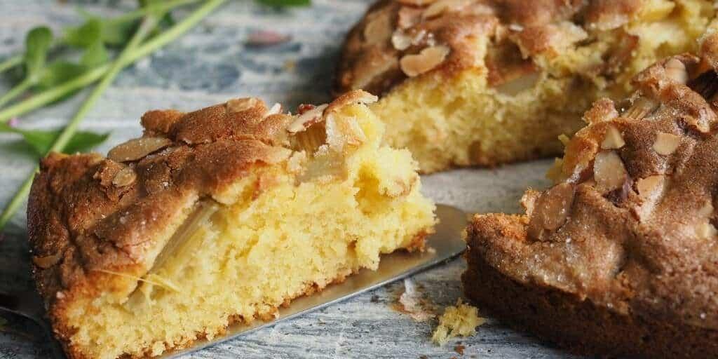 Rhubarb Cake (Rabarberkaka)