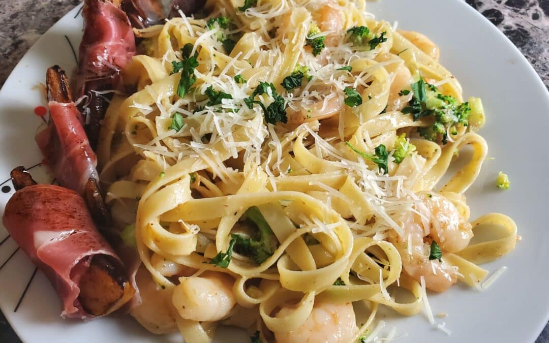 Shrimp Fettuccine Alfredo with Prosciutto-Wrapped Pear & Balsamic Glaze