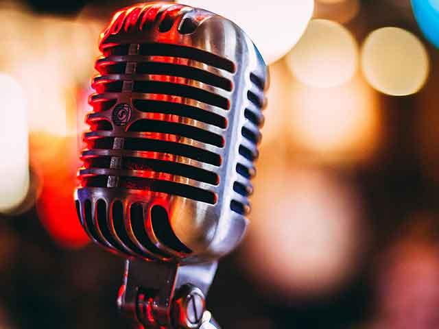 microphone for karaoke dj service