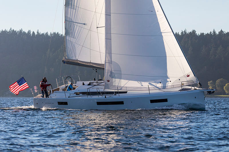 Jeanneau 440 for Sale in Cleveland