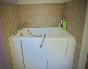 Aimee Copeland | Accessible Home | ADA | Bathtub