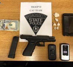 Polícia Estadual prende dois homens por tráfico de fentanil em Brockton