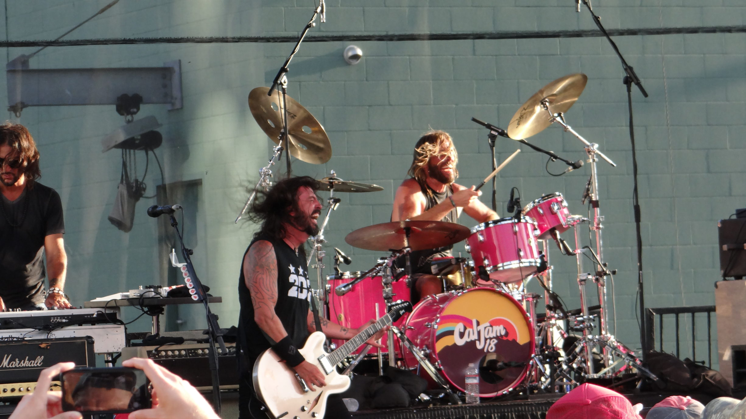 Rock God Dave Grohl and Foo Fighters