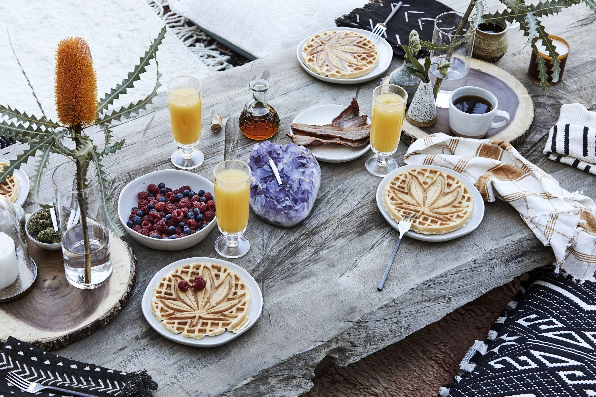 Waffleye table