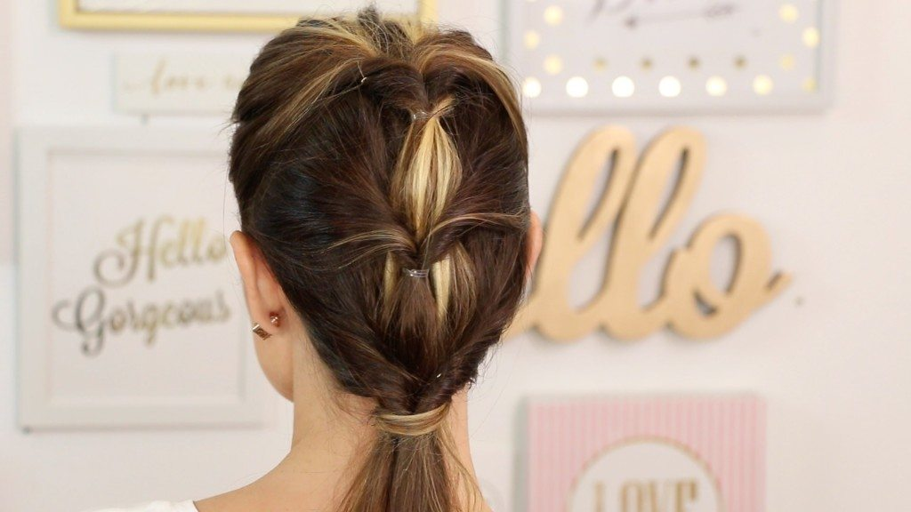 VIDEO: How To: Looped Tiered Ponytail