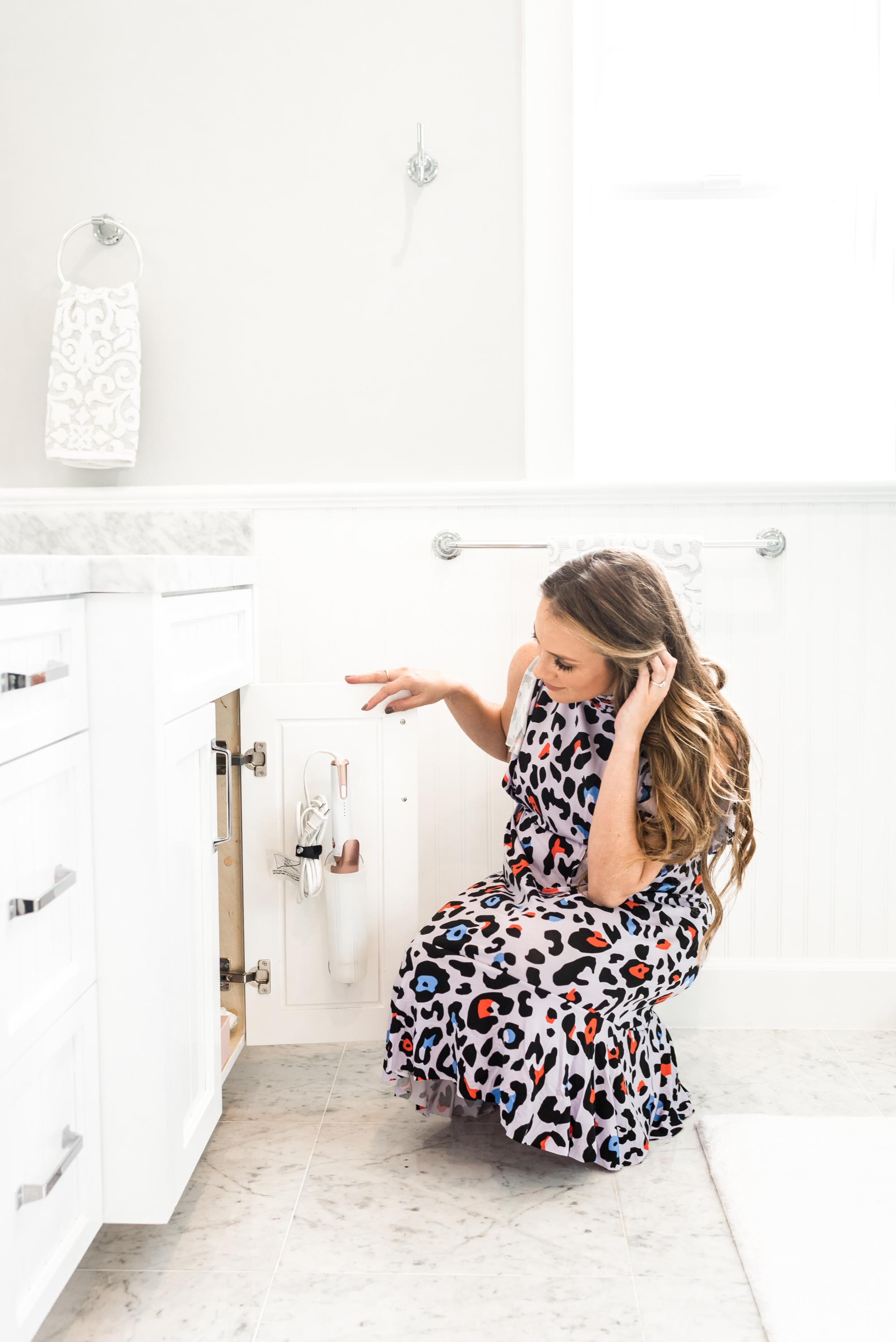 Bathroom Reveal and Organization angela lanter hello gorgeous