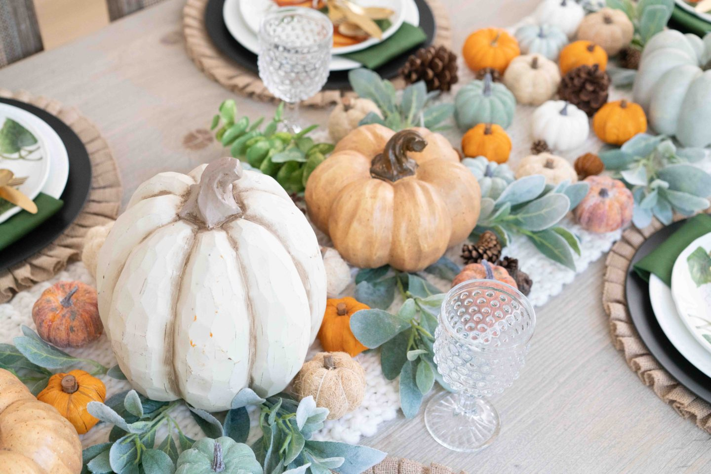 Fall Decor Ideas To Make Your Home Stand Out | Dining Room Tour