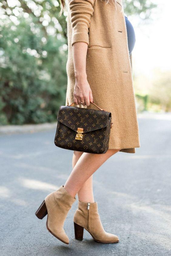 Louis Vuitton Pochette Metis Review