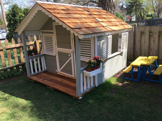 Little Alexandra Cottage from the Canadian Playhouse Factory