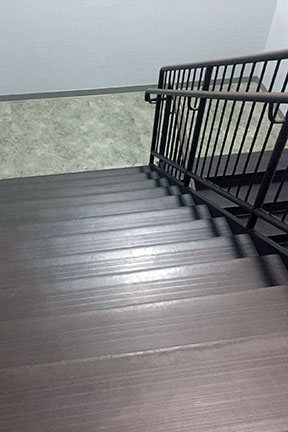commercial-stair-treads