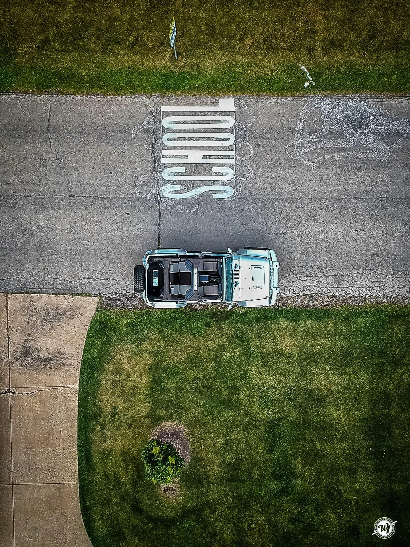 Jeep Wrangler DJI Spark drone picture