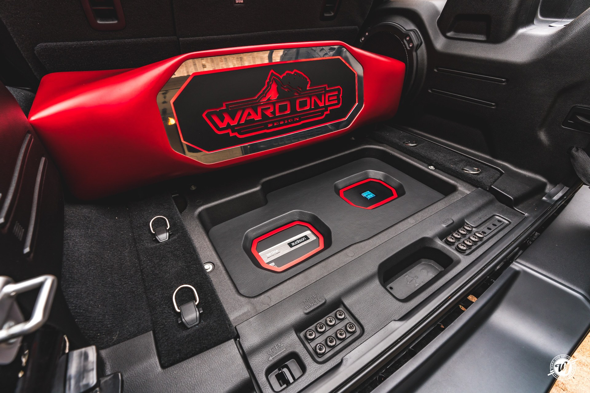 Jeep Wrangler JLUR Custom Focal Audio Setup