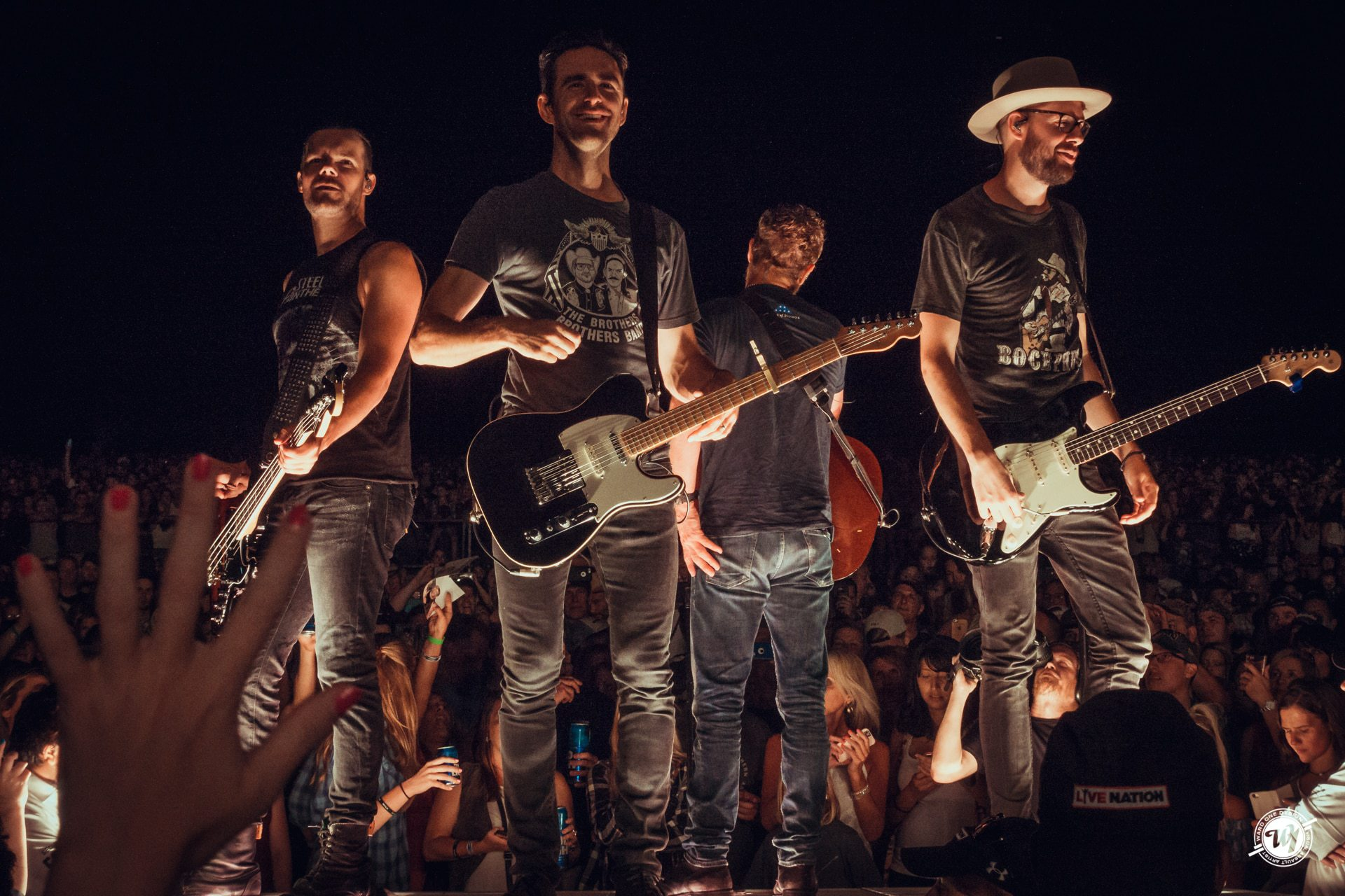 Dierks Bentley • What the Hell Tour 2017