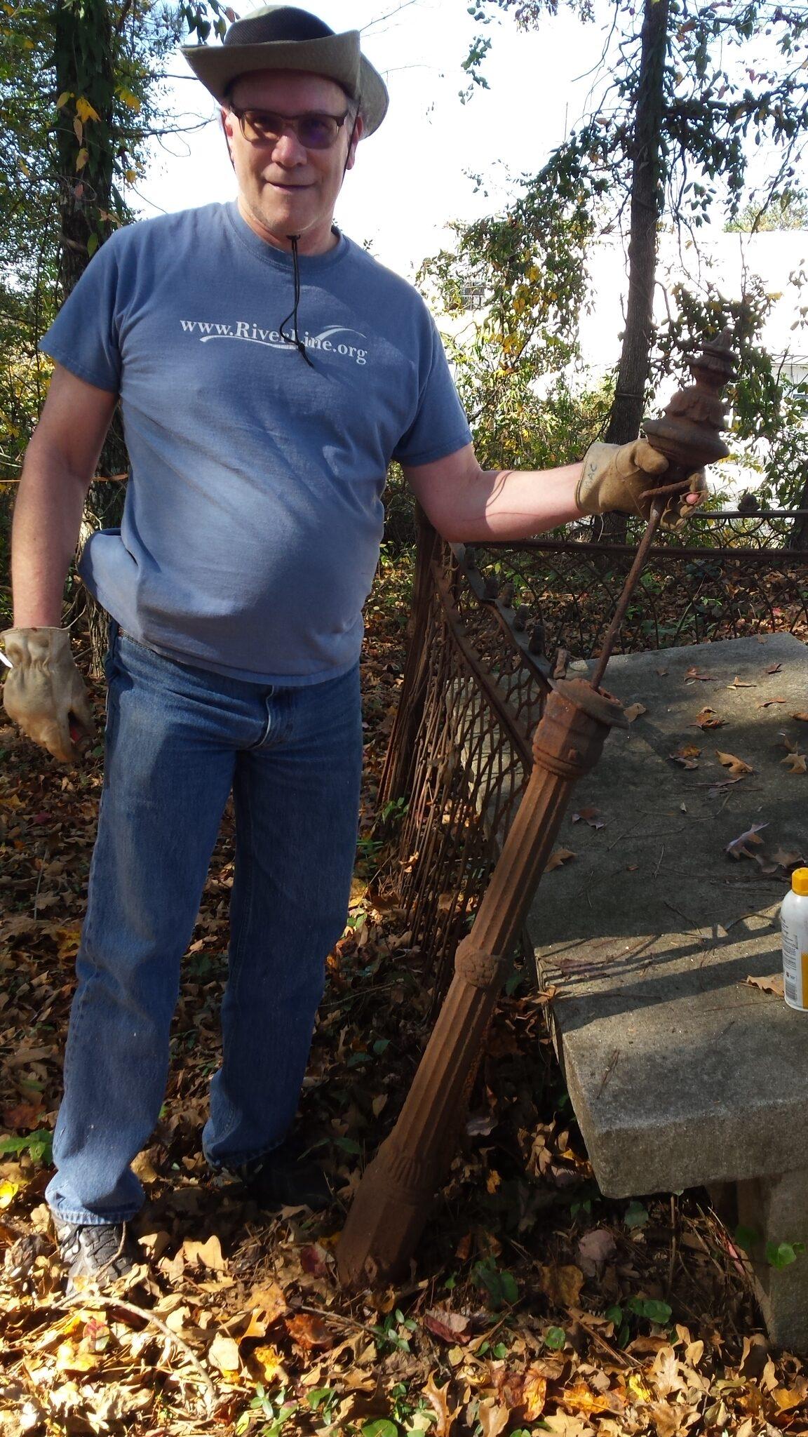 Mark Cearfoss at Loyd-Collins Cemetery