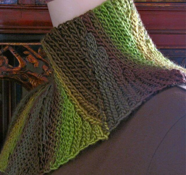 Combines two basic Slip Stitch types
