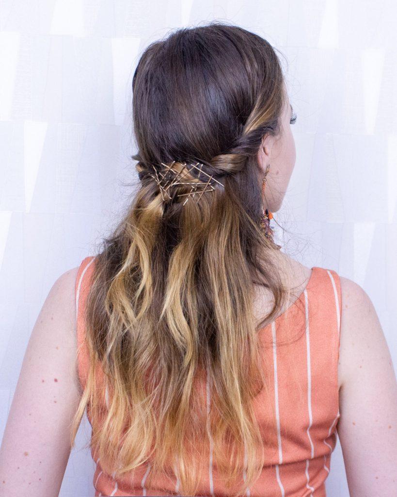 Penteado enroladinho com grampos super facil