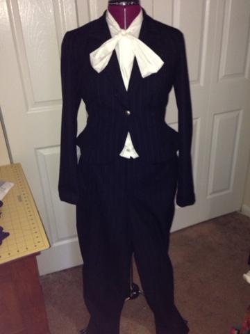 Ladylike Suit – Peplum