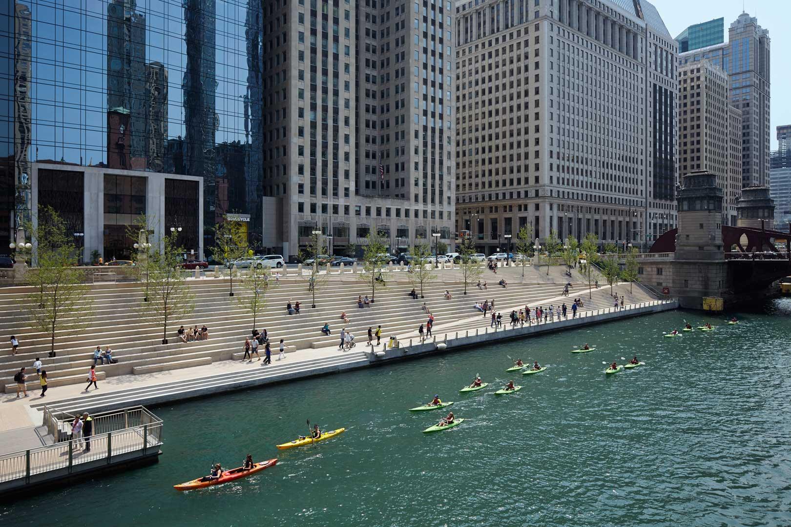 Chicago_Riverwalk_27