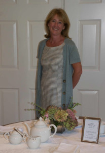 Selling Afternoon teas at the Darien Community Association