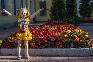 baby 2726244 1920 300x200 - Mães no Canadá: Brincadeiras para divertir os pequenos no verão canadense 🍁