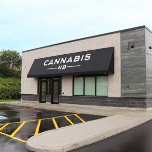 44055650 2305529652807692 1447080859772387328 o 300x300 - Maconha legalizada no Canadá: tudo que você precisa (ou gostaria de saber)