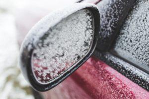car 791092 1920 300x200 - Tudo pronto para o inverno canadense? Algumas dicas que podem fazer toda diferença :)