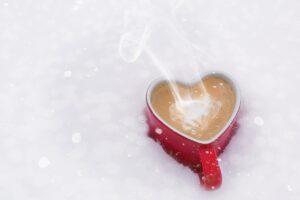 valentines day 624440 1280 300x200 - O inverno longo e de muita neve no Canadá é mesmo assustador?
